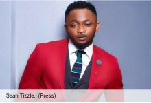 SEAN TIZZLE ANGRILY STORMS OUT OF INTERVIEW!!!