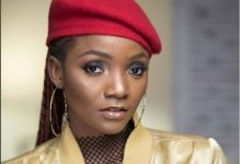 """Simi – """"Small Ting"""""""